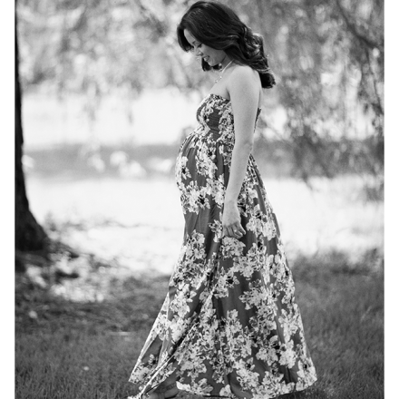 MG 3278bw 1 440x440 - Sneak Peek from Cindy's Maternity Session