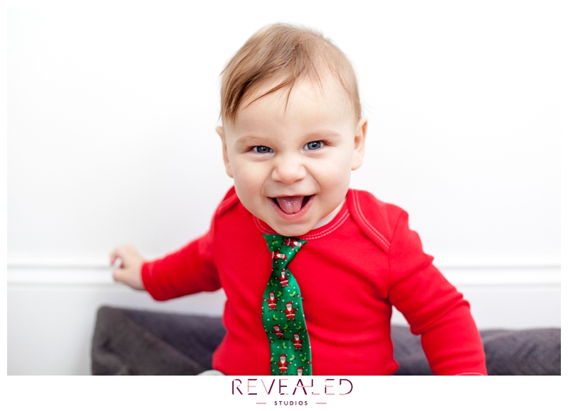 photo of little boy for mini-holiday family photography sessions