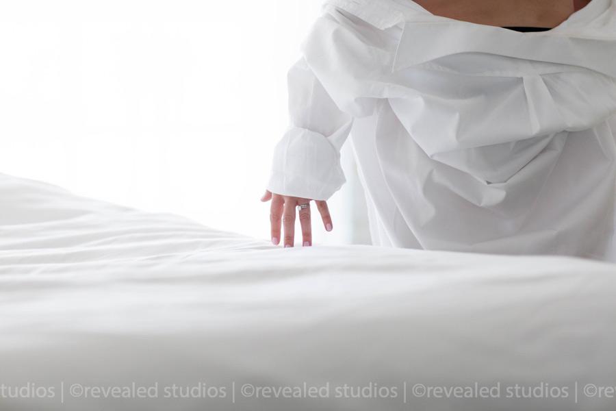 boudoir-pictures-revealed-studios-_0007