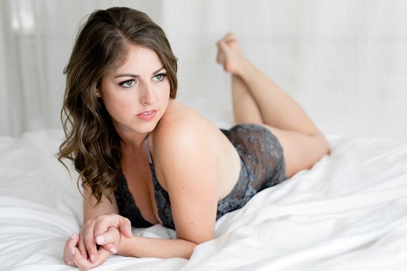 tasteful boudoir photography (5)