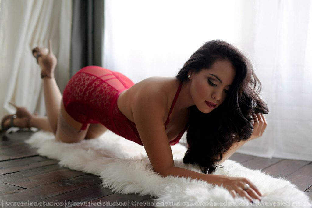Revealed Boudoir Model Shoot with Giselle Baron in May 2011.