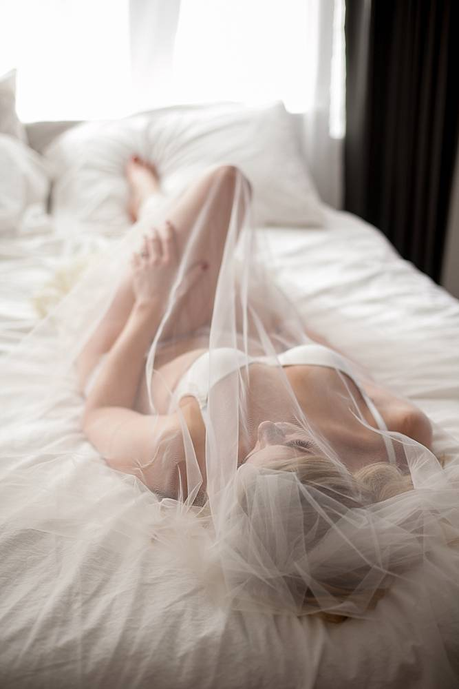bridal-boudoir-photos-07