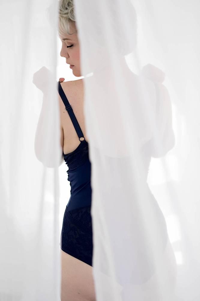light boudoir photos 06 1 - Boudoir Gallery I